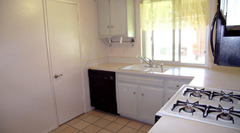 Kitchen2-100_4685