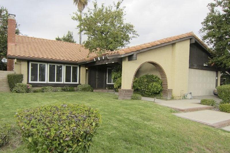 28917 Eagleton Street Agoura Hills, CA