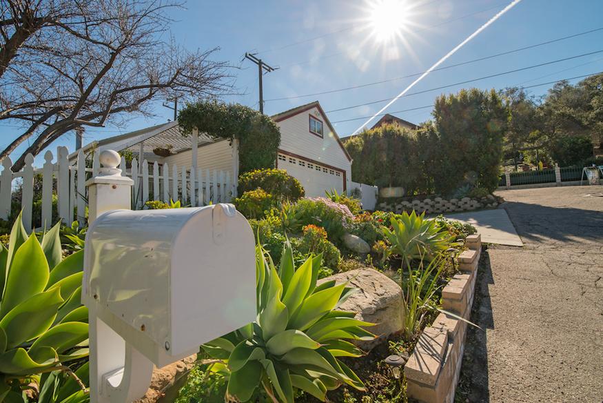 284 Heavenly Valley Road, Newbury Park, CA  Copy