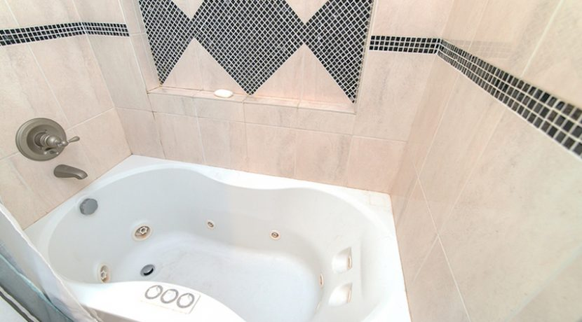 Bathroom 1 Jetted Tub