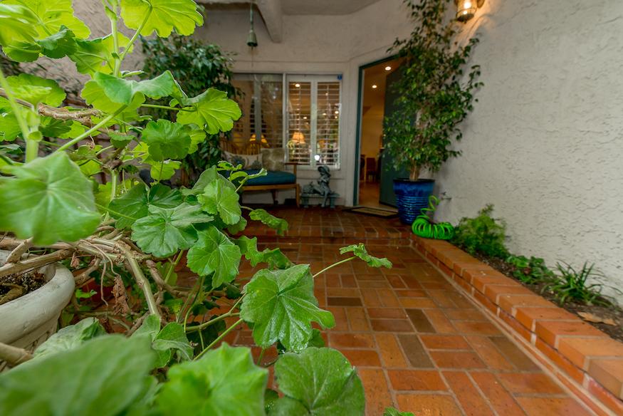 155 Via Colinas, Westlake Village, CA